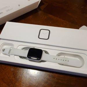 Apple Watch Series 4! 44mm!